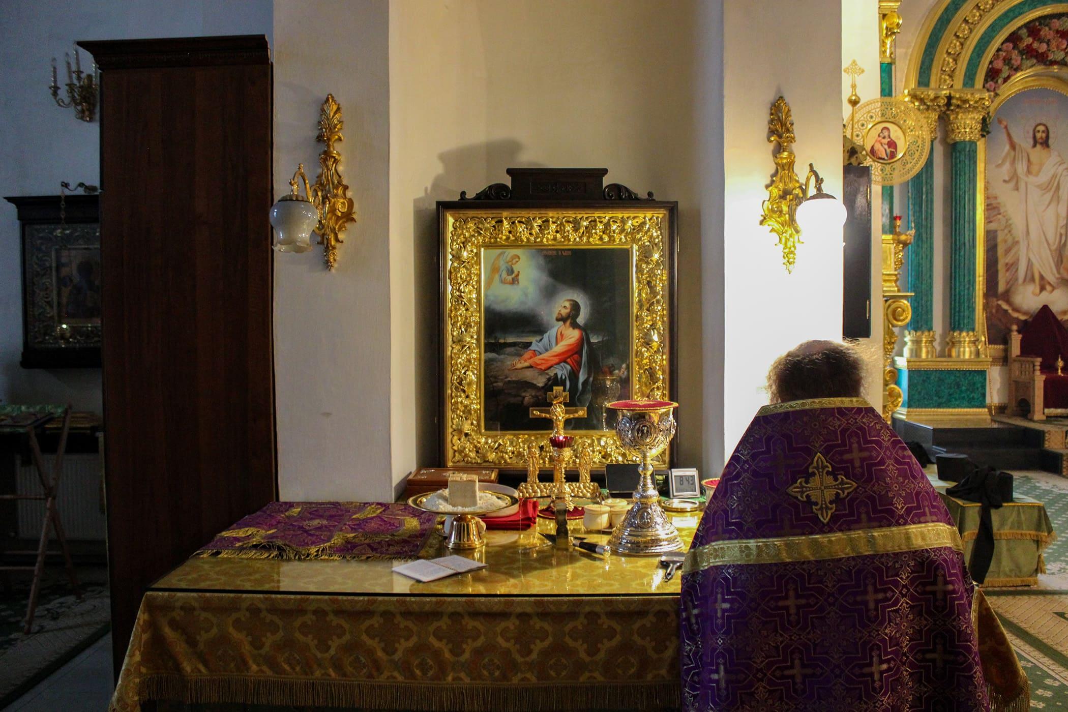 «Кресте пречестный, / eгоже обстоят чини ангельстии, веселящеся, / днесь воздвизаемь…» В Нило-Столобенской пустыни встретили двунадесятый праздник Воздвижения Честного и Животворящего Креста Господня 20
