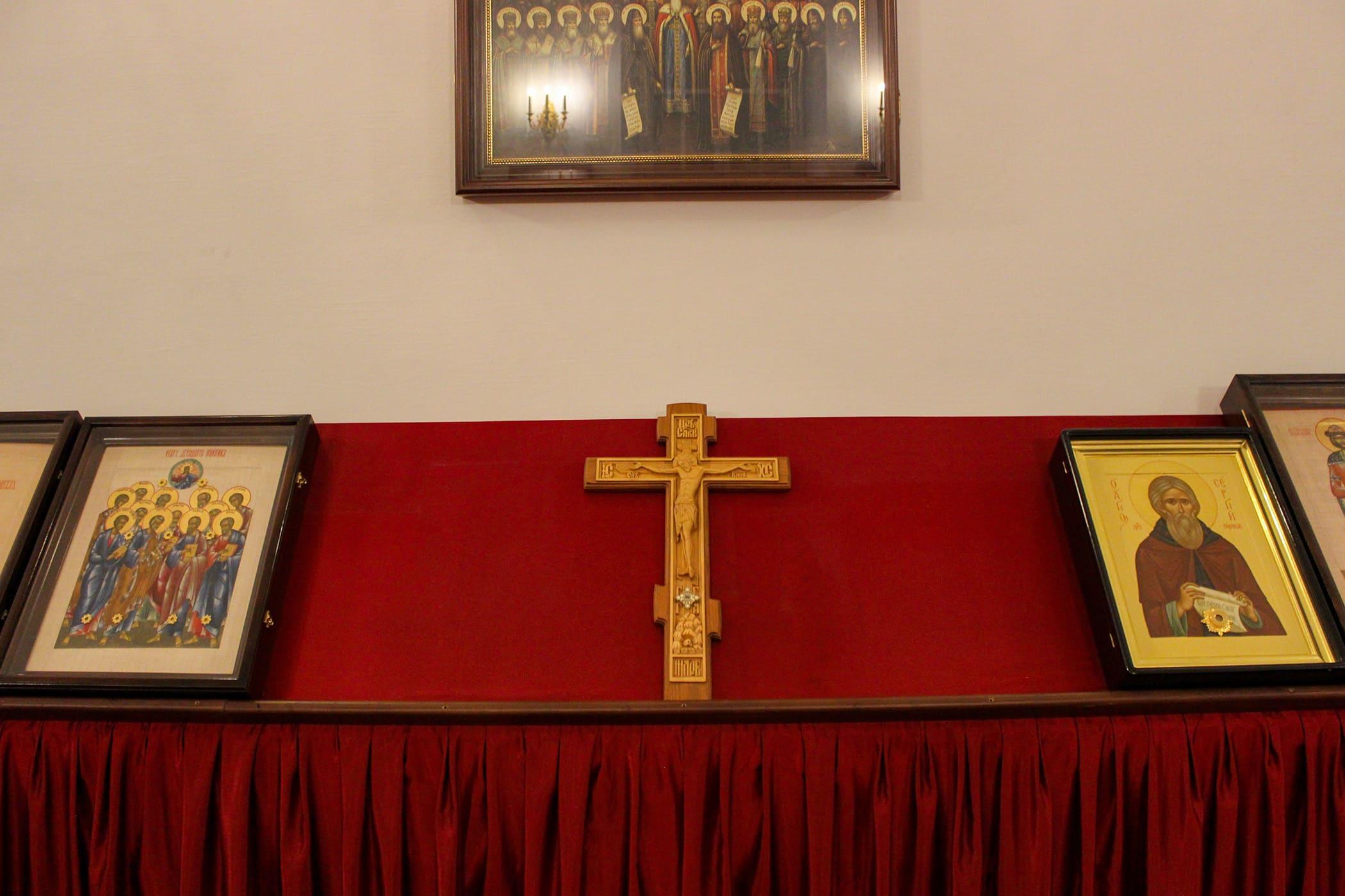 «Кресте пречестный, / eгоже обстоят чини ангельстии, веселящеся, / днесь воздвизаемь…» В Нило-Столобенской пустыни встретили двунадесятый праздник Воздвижения Честного и Животворящего Креста Господня 28